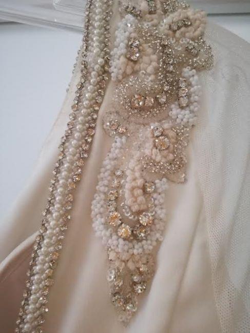 Cena : 1500 PLN. Rozmiar : 38. Suknia ślubna  Fausta Firmy Madonna. Opis :
